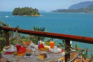 barra-do-piuva-porto-hotel-cafe-da-manha-ilhabela