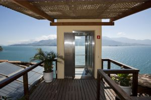 barra-do-piuva-porto-hotel-elevador-ilhabela