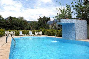 costa-bela-apart-hotel-piscina-ilhabela