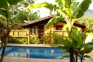 pousada-atiaia-piscina1-ilhabela