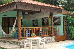 pousada-banana-verde-area-do-cafe-ilhabela