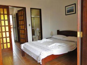 pousada-casa-amarela-ilhabela-suite
