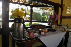pousada-dos-marinheiros-cafe-da-manha-ilhabela