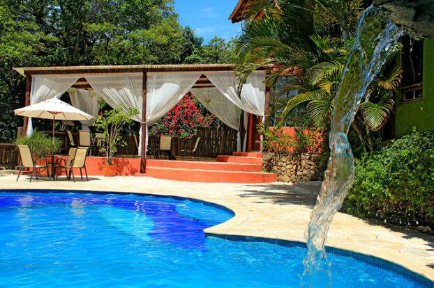 Pousada Villaggio Assis - Piscina - Portal Ilhabela.com.br