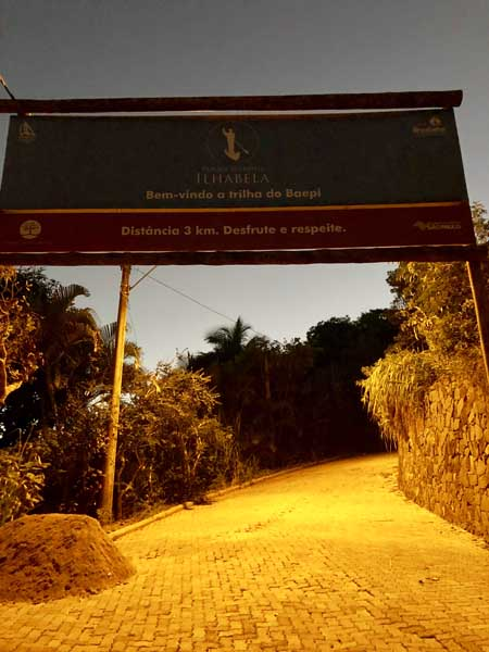 Início da Trilha do Baepi - Ilhabela - Por Elas Mundo Afora