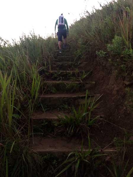 Trilha do Baepi - Ilhabela - Por Elas Mundo Afora