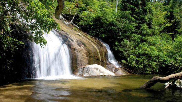 Cachoeira dos Três Tombos ou Pancada D'Água - Ilhabela