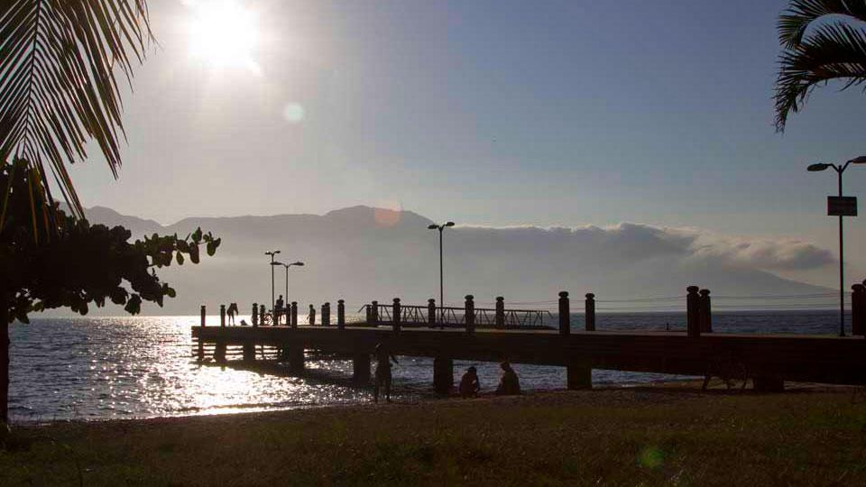 Píer da Praia do Engenho D'Água - Ilhabela