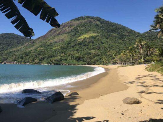 Praia Vermelha - Trilha da Praia Mansa e Vermelha em Ilhabela - Elas Mundo Afora