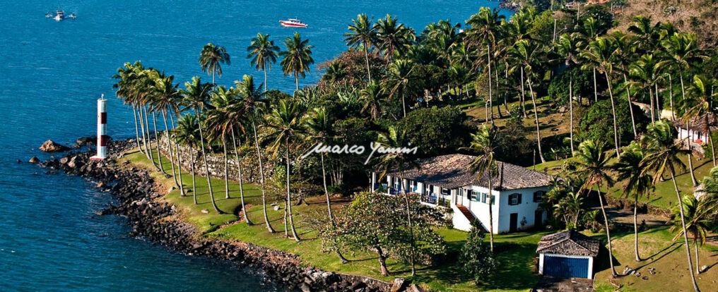 Ponta das Canas - Ilhabela (foto: Marco Yamin)