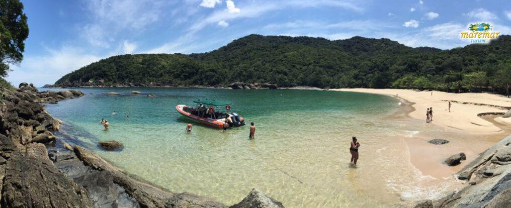 Praia de Indaiaúba - Ilhabela (Imagem: Maremar Turismo)