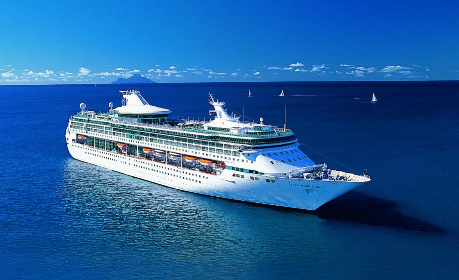 Splendour of the Seas - Royal Caribbean - Ilhabela