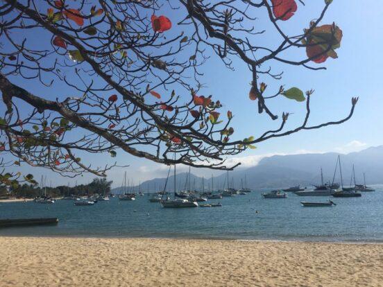 Praia do Saco da Capela em Ilhabela