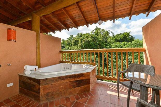 Hotel Boutique Kalango - Hidromassagem - Portal Ilhabela.com.br