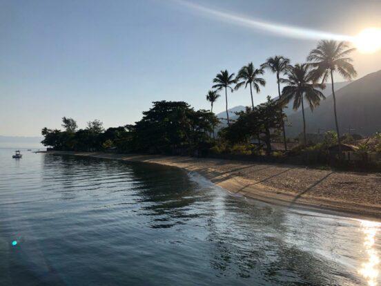 Amanhecer na Praia do Pequeah em Ilhabela