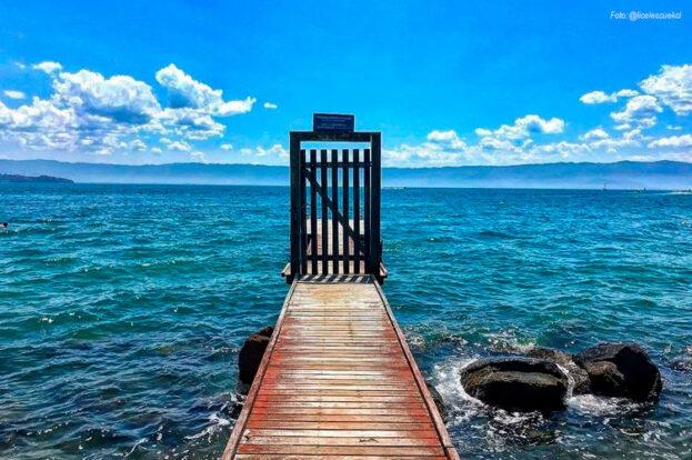 Píer da Praia do Arrozal, ao lado da Capelinha da Siriúba - Praia da Siriúba - Ilhabela
