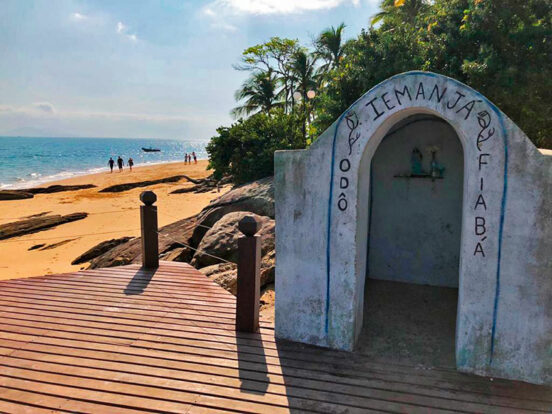 Altar Iemanjá - Praia da Ponta Azeda - Ilhabela