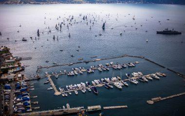 Semana começa com regatas de HPE30 e C30 na Ilhabela Sailing Week