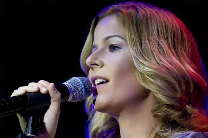 Paula Toller em Ilhabela