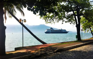 Aberta a temporada de cruzeiros em Ilhabela