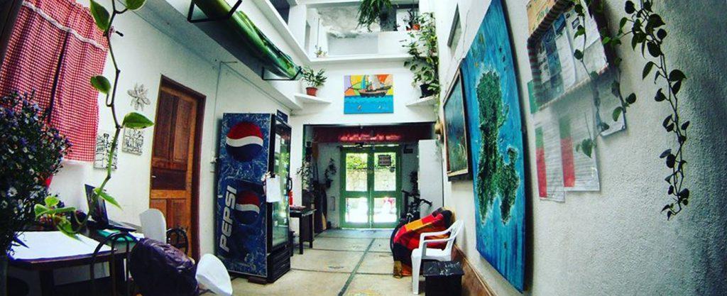 Green Hostel - Recepção - Portal Ilhabela.com.br