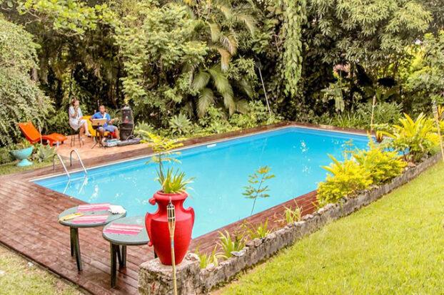 Hostel da Vila - Piscina - Portal Ilhabela.com.br