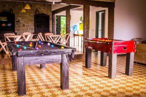 hostel-da-vila-sala-de-jogos-ilhabela