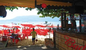 papagaio-bar-restaurante-ilhabela-praia-do-curral