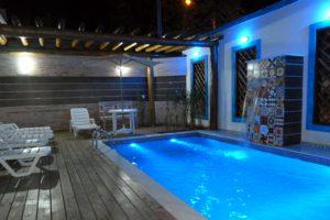 pousada-iguana-azul-piscina-de-noite-ilhabela