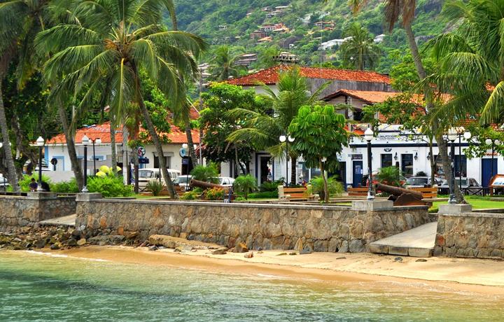 Resultado de imagem para vila de ilha bela