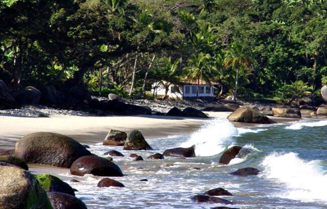 Praia das Enchovas - Portal Ilhabela.com.br