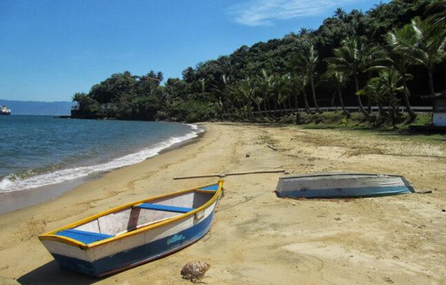 Praia do Barreiros - Portal Ilhabela.com.br