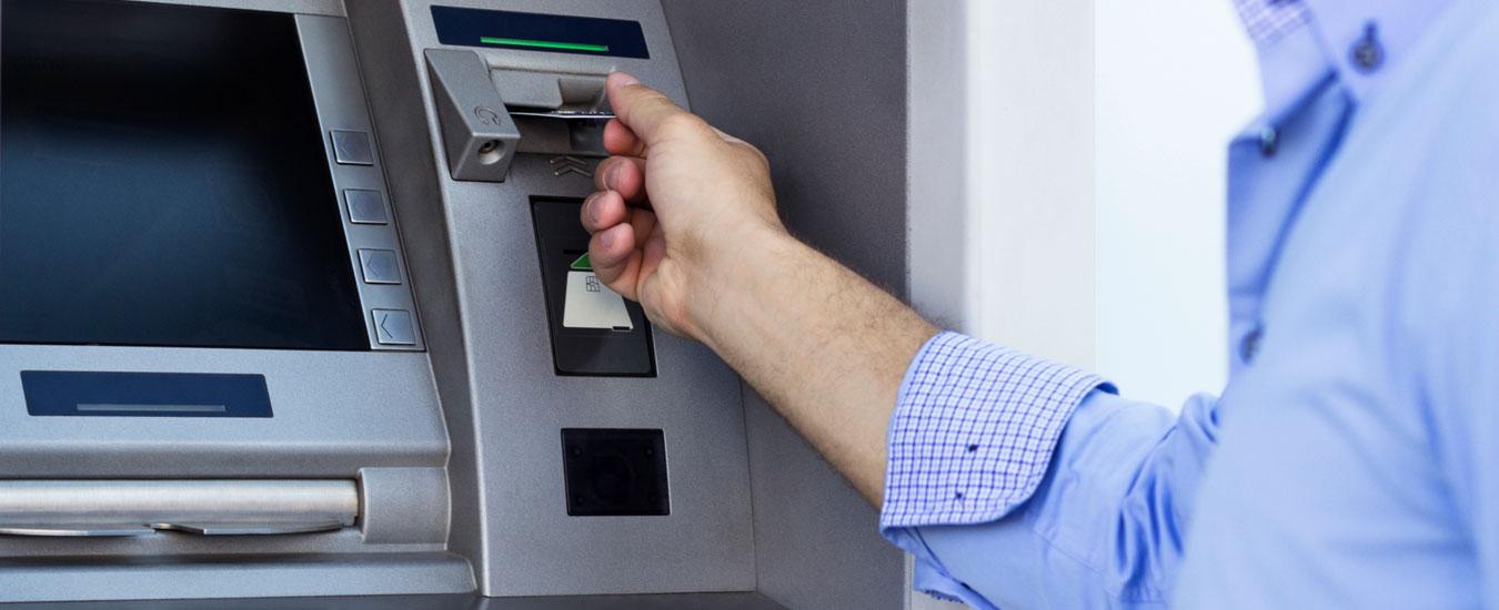 Bancos e Caixas Eletrônicos em Ilhabela