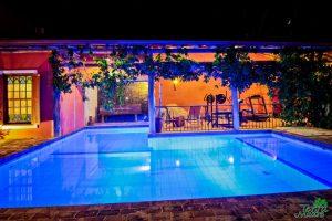 piscina-sauna-academia-pousada-terra-madre-ilhabela