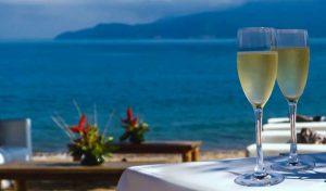 dpny-beach-hotel-praia-do-curral-ilhabela-brinde