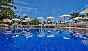 dpny-beach-hotel-praia-do-curral-ilhabela-piscina-beach-club