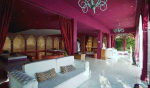 dpny-beach-hotel-praia-do-curral-ilhabela-salao-interno