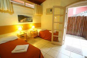 ilhasol-hotel-pousada-ilhabela-suite-luxo-varanda-interna