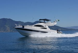 lancha-intermarine-azimut-380-ferrara-turismo-ilhabela