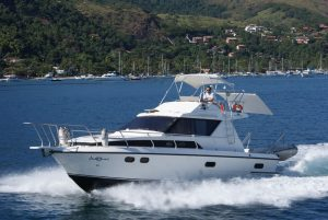 lancha-intermarine-oceanic-36-ferrara-turismo-ilhabela-galeria