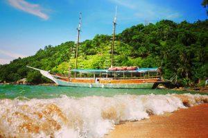 passeio-de-escuna-maremar-turismo-ilhabela