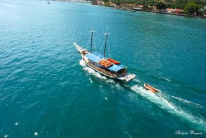 passeio-de-escuna-maremar-turismo-ilhabela-robert-werner