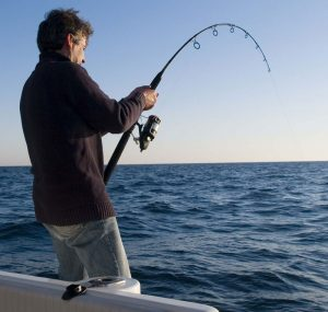 pesca-embarcado-lancha-ferrara-turismo-ilhabela