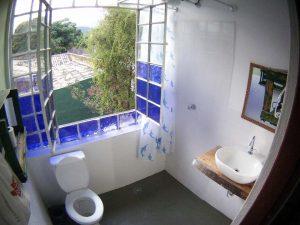 pousada-caxinguele-e-hostel-banheiro
