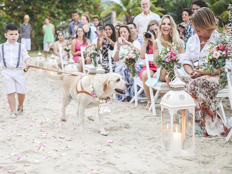 Cachorro em Casamento (Imagem: Gerson Paes/Flickr) - Casamento em Ilhabela