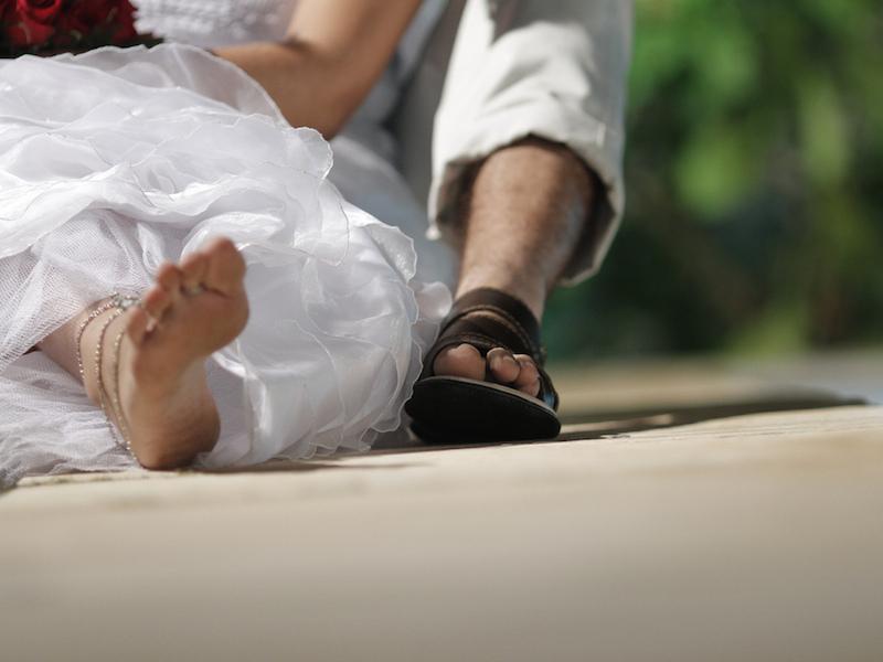 Noivos informais (Imagem: Uirá Porã/Flickr) - Casamento em Ilhabela