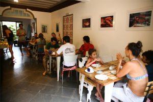 hostel-central-ilhabela-cafe-da-manha