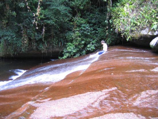 Vista geral do Bonete - Ilhabela (Imagem: Wikimedia Commons/Toledouliana)