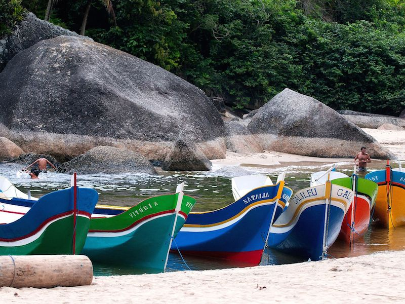 Canoas da praia do Bonete (Imagem: Wikimedia Commons /Joao lara mesquita)