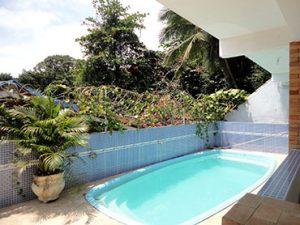 chales-raiar-do-baepi-ilhabela-piscina